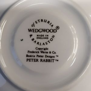 Wedgwood Dining - Wedgewood Peter rabbit saucer only rare
